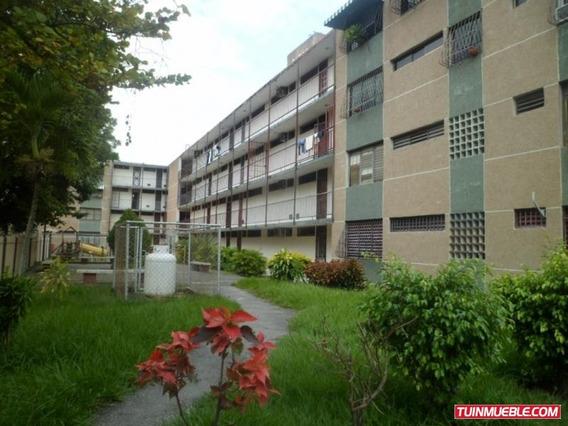 Apartamento En Caña De Azúcar Sector 12