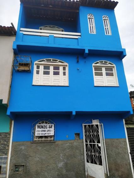 Vende-se Casa Em Ubaitaba, 2 Andares E Bairro Conceição