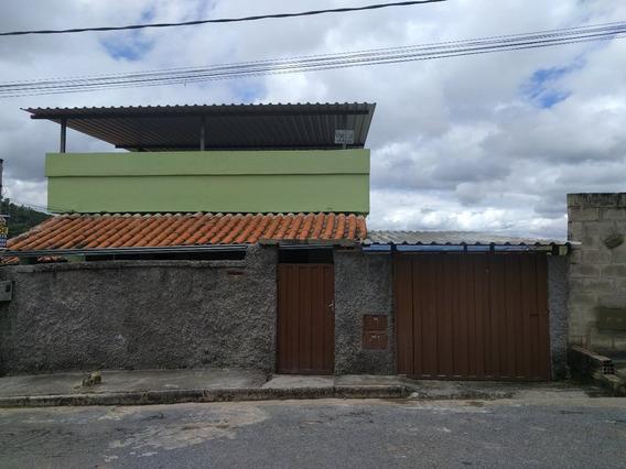 2 Casas De (3 E 2 Quartos) Em Itabirito / Mg