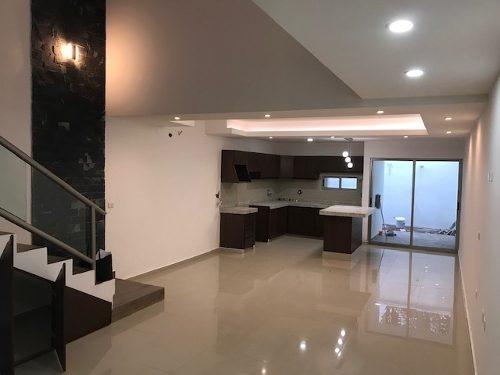 Casa Nueva En Boca Del Rio Con Excelentes Acabados