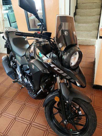 Suzuki V-strom 250 Negra
