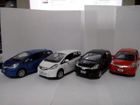 Honda Fit 2014 4portas 1/32
