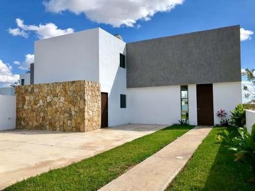 Residencia En Esquina, 3 Recamaras + Alberca, Entrega Inmediata. Chacté Dzityá.