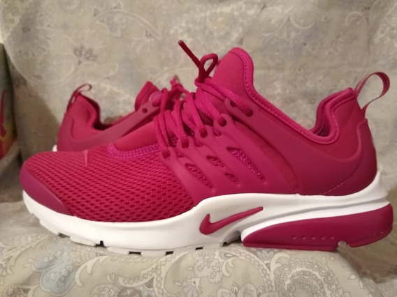 Zapatillas Dama Nike Air Presto Fucsias