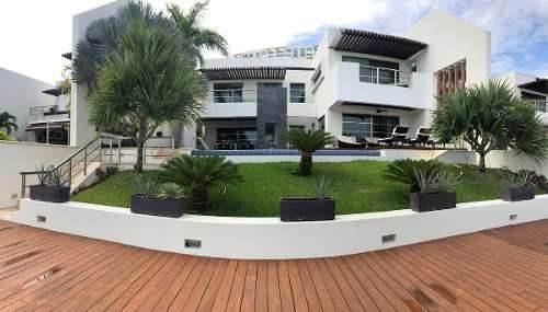 Espectacular Exclusiva Residencia Frente/canal Puerto Cancun