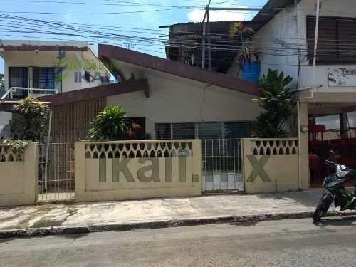 Venta Casa Para Comercio Céntrica Tuxpan Veracruz. Ubicada En La Calle Garizurieta, La Casa Consta De Una Sola Planta Y Cuenta Con Sala, Comedor, Cocina, Un Baño Completo, 2 Recámaras Con Closets Emp