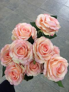 Ramo Con 9 Rosas