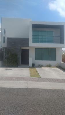 Casa En Renta En Refugio Qro 12,000