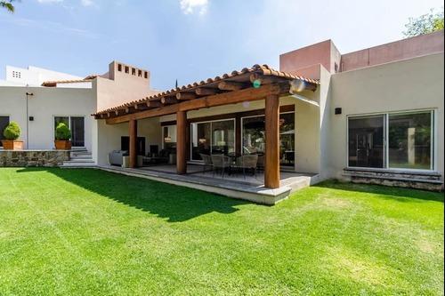 Venta De Hermosa Residencia En Zona Norte De Cuernavaca
