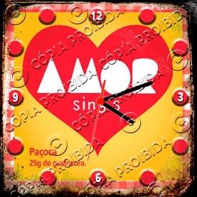 Relógio Vintage King 27x27 Paçoca Do Amor Cloqbc.0514