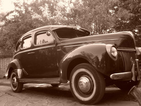 Ford 1939 De Luxe