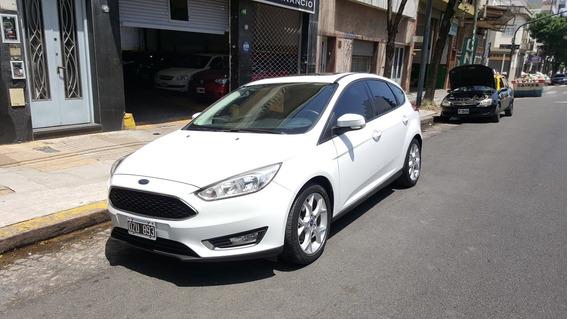 Ford Focus Se Plus At 2015 5 Puertas Blanco Permuto Financio