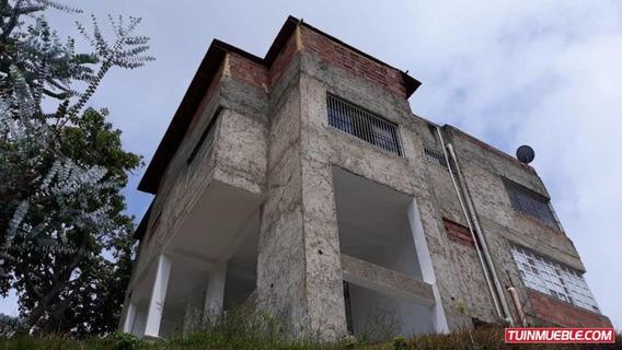 Casa En Venta El Junko Country Club Mls #19-10872