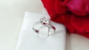 Anel Solitário De Ouro Branco Com Diamante De 40 Pontos