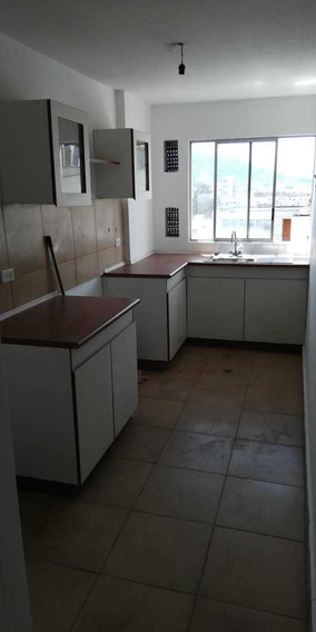 Departamento Conjunto Habitacional Cumbres De Quitumbe