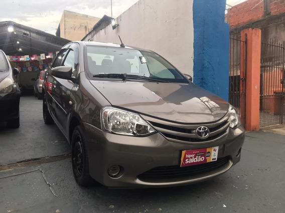 Toyota Etios Sedã 1.5 Xs