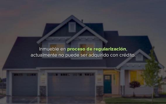 Casa. Col. Del Recreo. $1,520,486 Remate Bancario