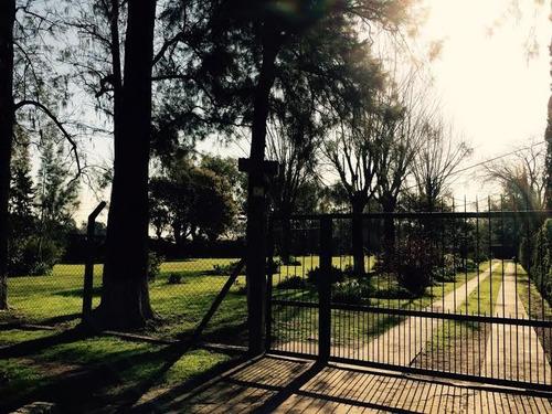 Casaquinta Con Pileta Y 5000m2 De Parque / Virrey Del Pino