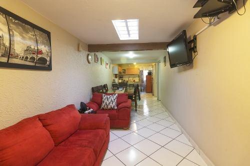 Casa En Nueva Santa Maria, 2da Cerrada De Clavelinas