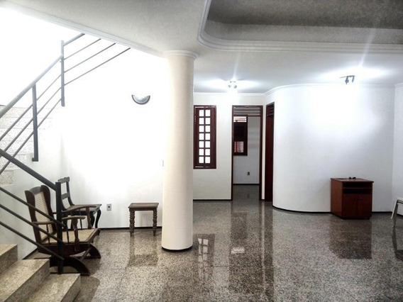 Aluguel Casa 5 Quartos, Garagem - Bairro Luciano Cavalcante