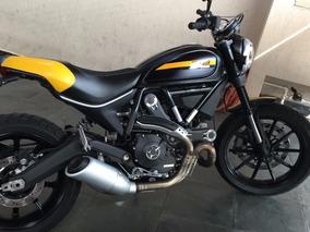 Ducati - Scrambler - Full Throttler 2016 - Preta/ Nova