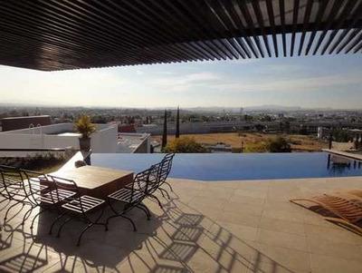 Espectacular Residencia Con Acabados De Lujo Y Alberca