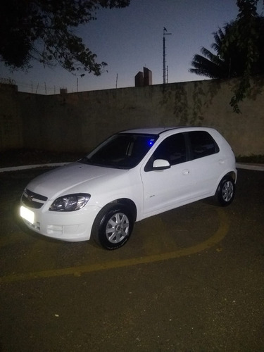 Imagem 1 de 11 de Chevrolet Celta