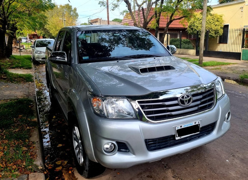 Toyota Hilux 2014 Srv Mt Cuero