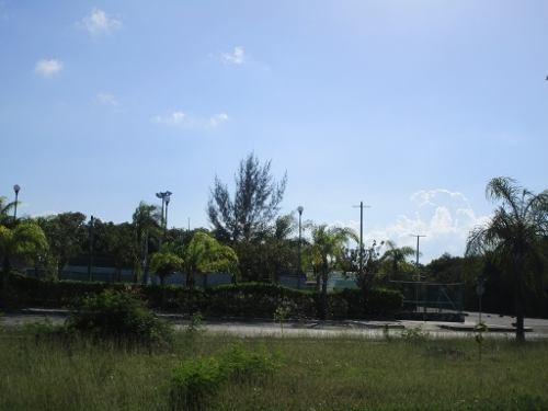 Lote Comercial Arrecifes Playa Del Carmen C2386