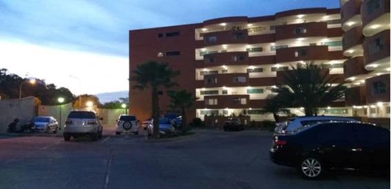 Erika Colina Vende Apartamento Res Aves De Borabora Lema-408