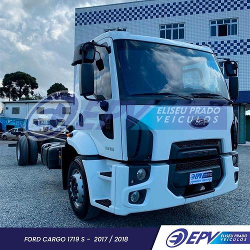Imagem 1 de 10 de Ford Cargo 1719