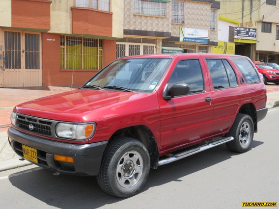 Nissan Pathfinder Se Mt 3300cc 4x4