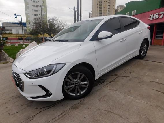 Hyundai Elantra 2017 Branco Automatico