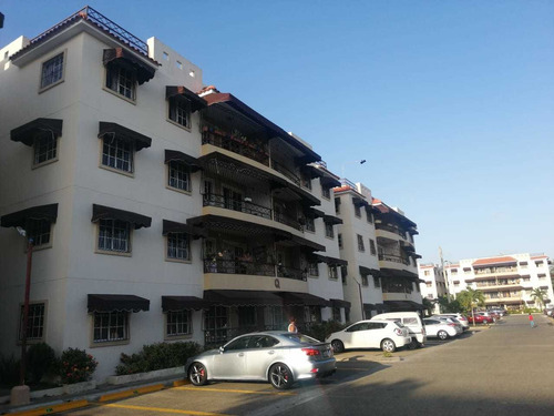 Vendo Apartamento En San Isidro 4to Nivel