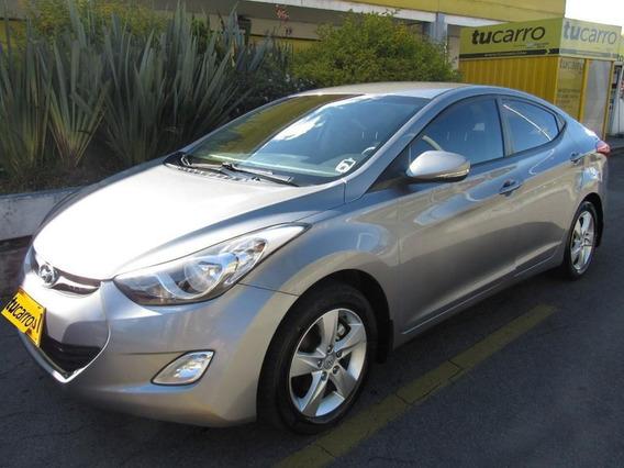 Hyundai Elantra Gls 1.6 Mecánico Sedán