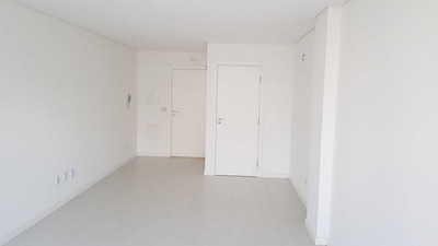 Sala Em Centro, Florianópolis/sc De 34m² À Venda Por R$ 480.000,00 Ou Para Locação R$ 1.300,00/mes - Sa242845lr