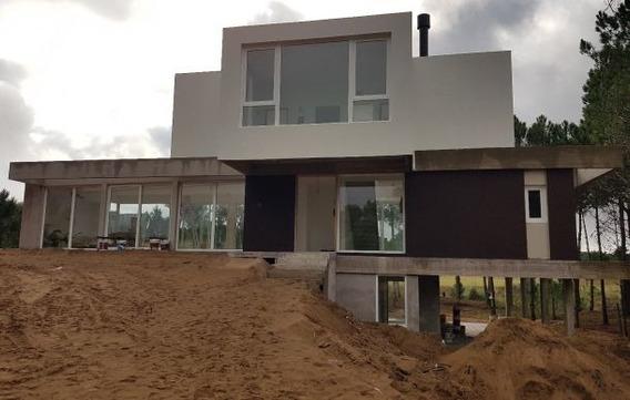 Excelente Casa A Estrenar En Villa Robles