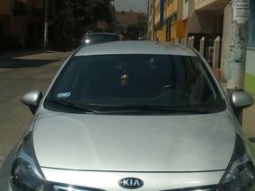 Kia Rio Sedan De Ocasión Dual (glp) Con Cobertor