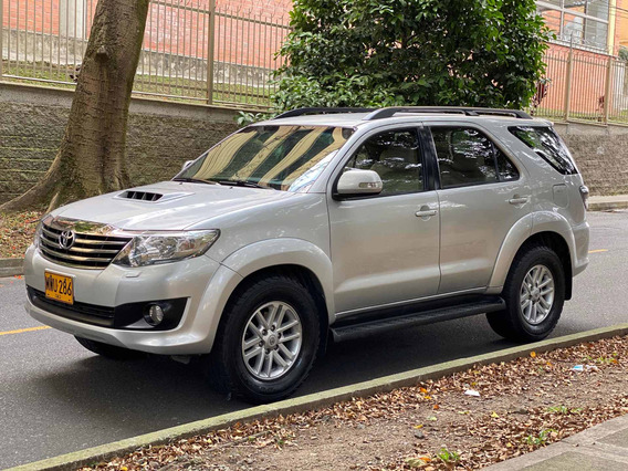 Toyota Fortuner At 3.000 4x4 Full