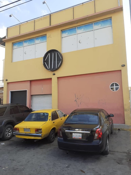 Edificio En Alquiler En Avenida Fuerzas Aereas 04128900222