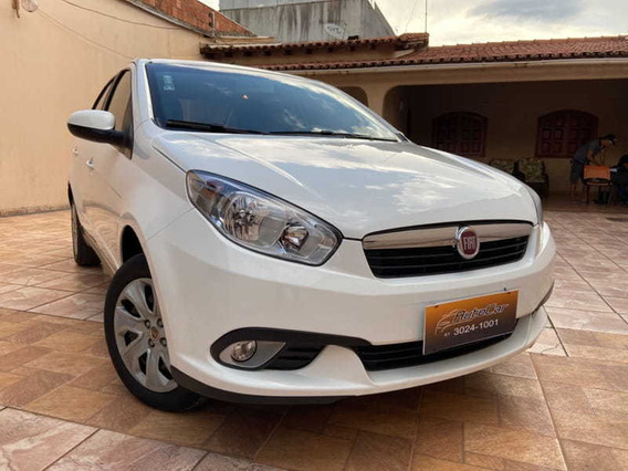 Fiat Grand Siena 1.4 Mpi Attractive 8v Flex