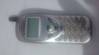 Celular Motorola C210 Não É Nem Usa Chip. Enviamos T.brasil