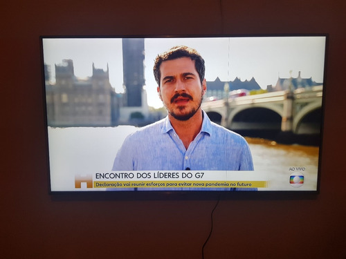 Imagem 1 de 3 de Tv LG Smart
