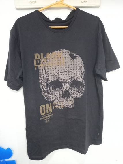 Remera Vulk Black Hesitation