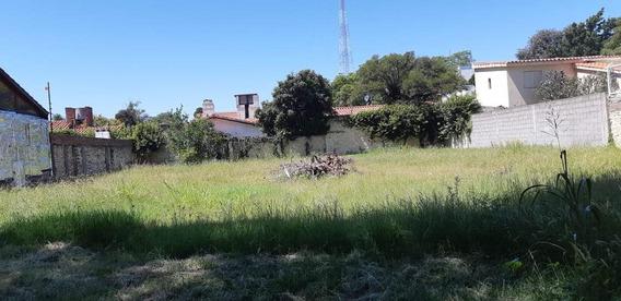 Venta De Terreno En El Cerro De Las Rosas 623mts.