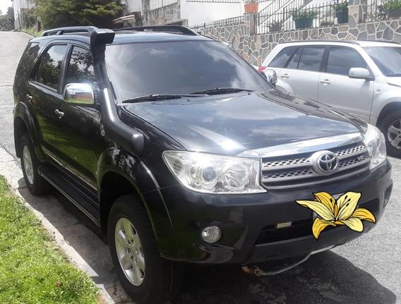Toyota Fortuner Compró Toyota
