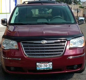Camioneta Chrysler Town & Country 2008 Limited Vino Piel