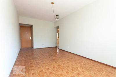 Apartamento No 4º Andar Com 2 Dormitórios E 1 Garagem - Id: 892932672 - 232672