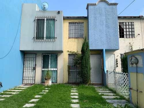 Renta Casa Muy Bonita. Coacalco.