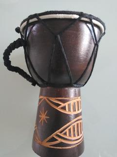 Yembe Mini Decoración 15cm Altura 10cm Ancho